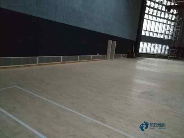 专用篮球场木地板价格及图片