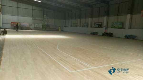 大型体育地板结构