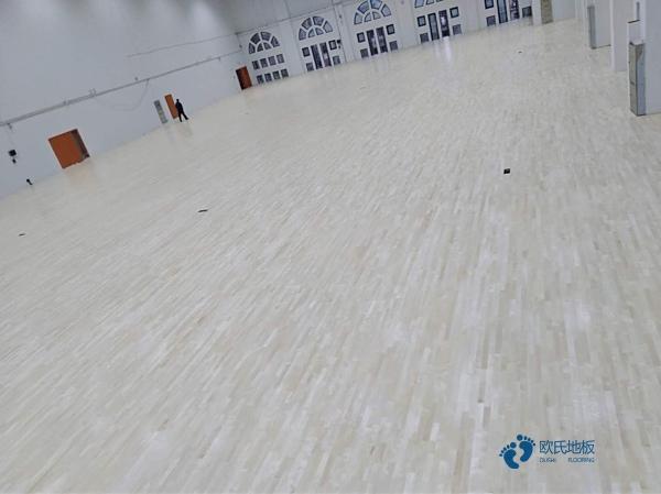 舞台木地板调什么色好