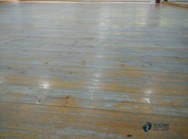 体育场木地板安装伸缩缝有要求吗