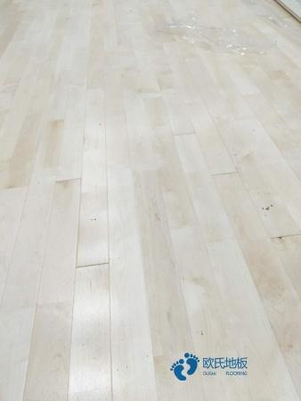 硬木企口体育运动地板批发价格