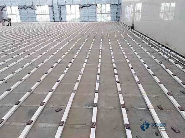 体育场馆铺装实木地板的好处