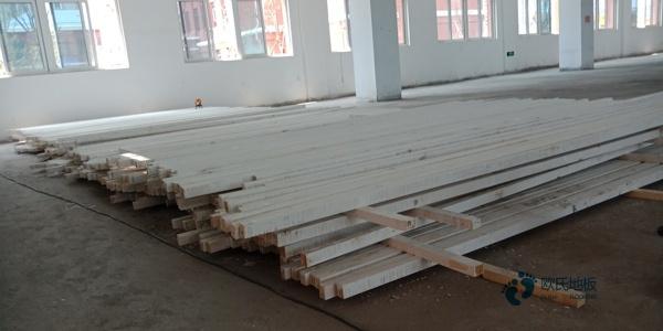 体育木地板防潮要用防潮剂
