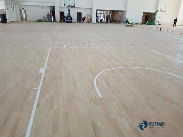 专业的篮球馆木地板每平米价格
