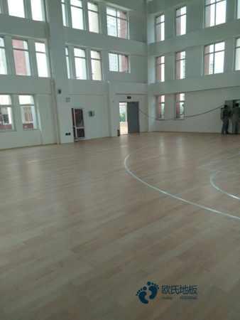 训练馆篮球馆木地板施工