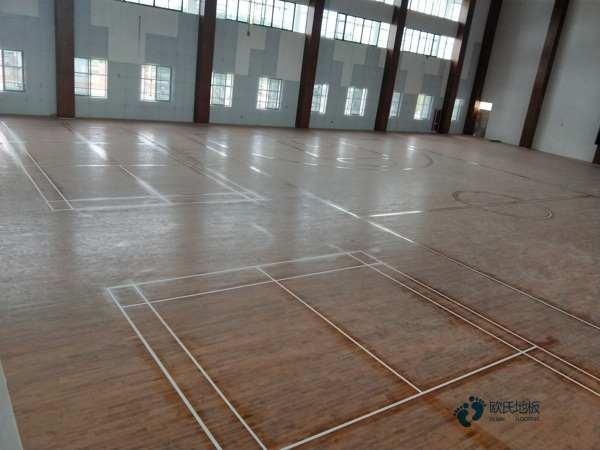 室内实木运动地板怎么保养