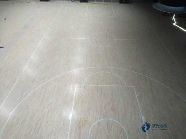 拼接板体育馆实木地板价格是多少钱?