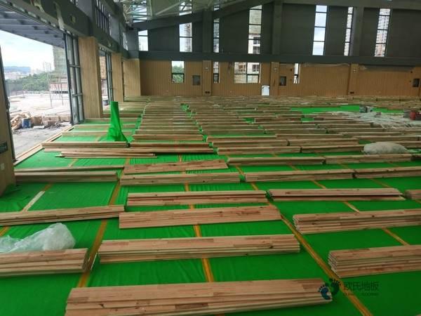 枫木篮球场木地板报价