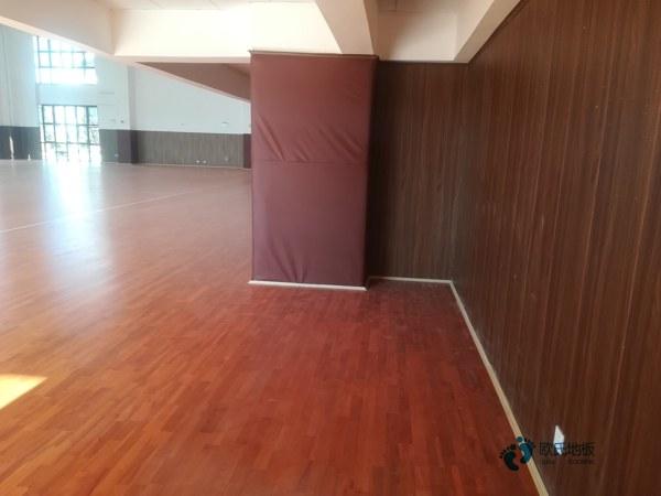枫桦木实木运动地板维修