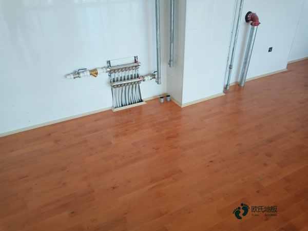 西宁枫桦木体育木地板怎么安装