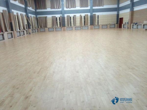 20厚批发实木运动地板
