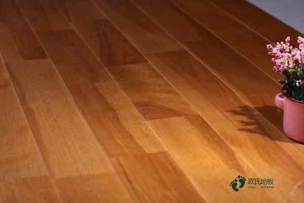 专业的体育馆木地板造价是的多少?