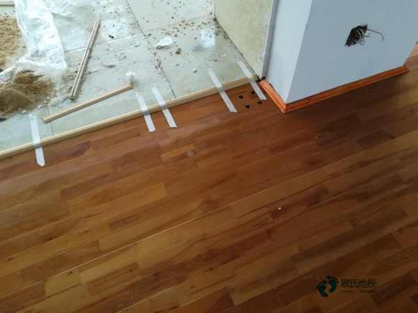 学校实木运动地板一般多少钱?