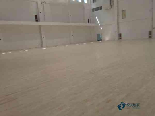 大型篮球馆木地板哪个公司好