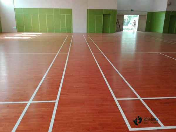 哈尔滨体育木地板的价格