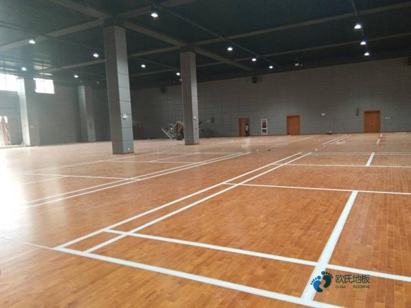 国内篮球场木地板多少钱