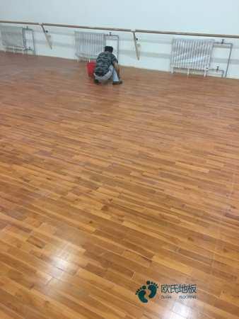 银川专业体育木地板多少钱一平方
