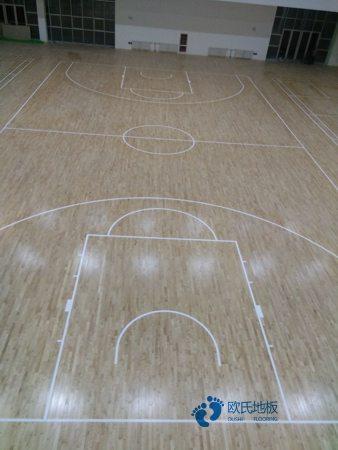 柞木运动体育地板翻新施工