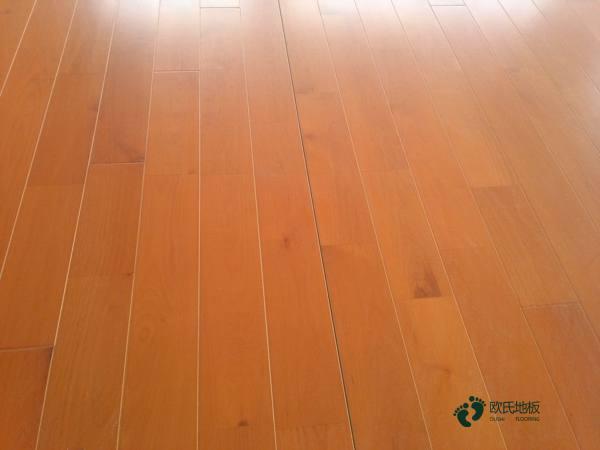 江苏枫桦木实木运动地板翻新