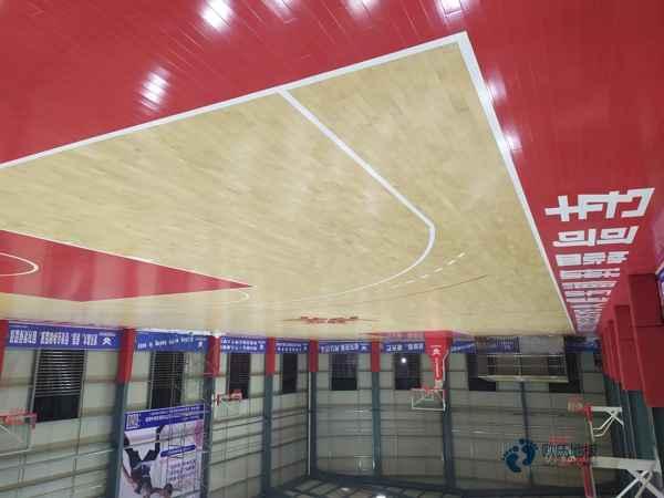 柞木体育馆木地板造价