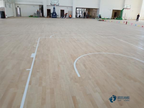 体育馆木地板规格柞木