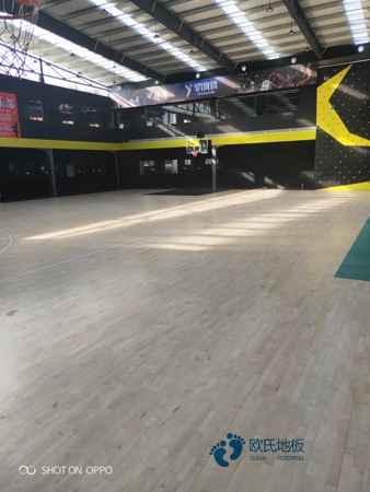 柞木体育运动地板施工技术方案
