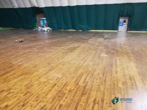 室内篮球场木地板安装公司