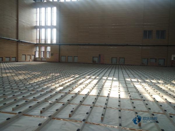 硬木企口价格体育木地板