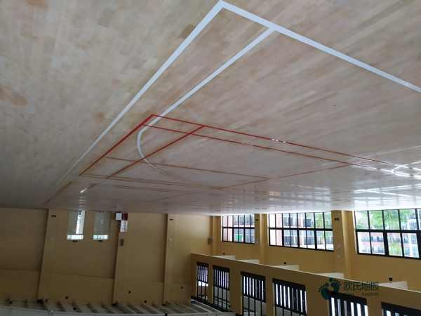 枫木舞台木地板翻新