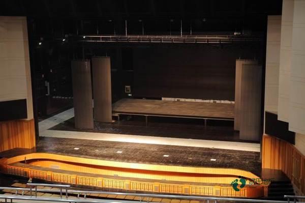 欧氏22mm厚运动篮球木地板3
