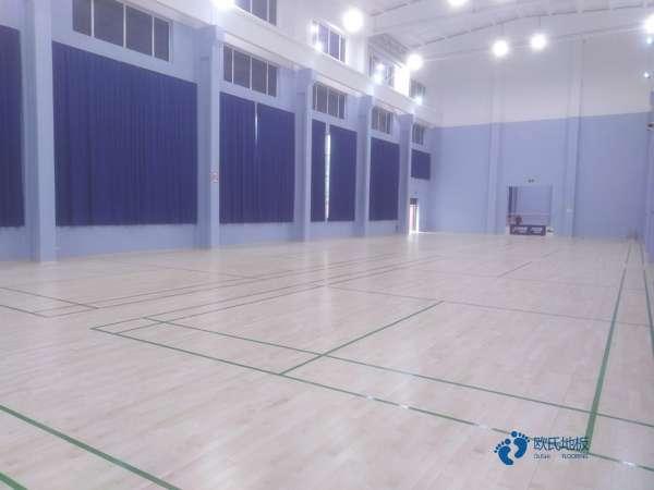 私人篮球馆木地板多少钱合适