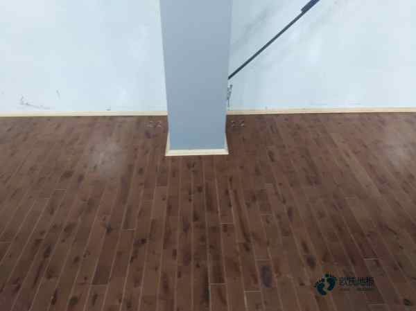 训练馆篮球地板维修