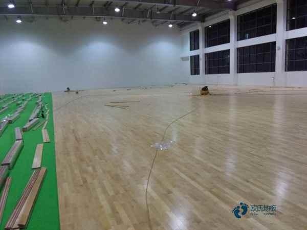 学校运动木地板哪家好