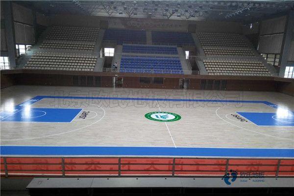 俄勒冈松体育馆木地板板式龙骨结构