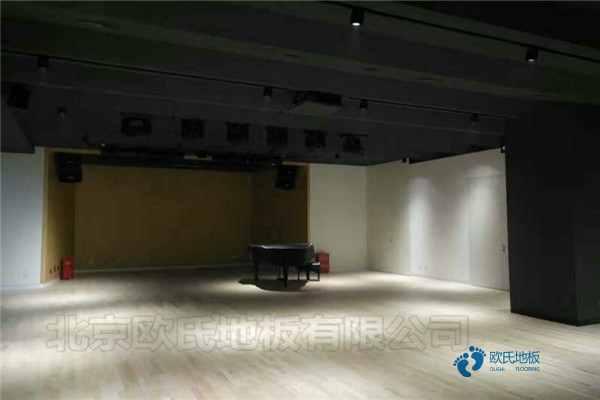 赛事场馆篮球馆木地板施工