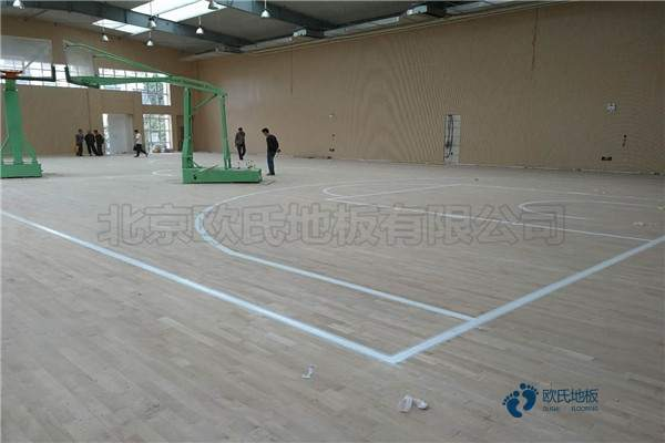 专业的舞台木地板多少钱一平米?