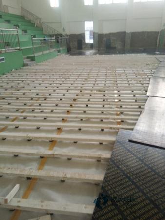 寻求运动型木地板公司
