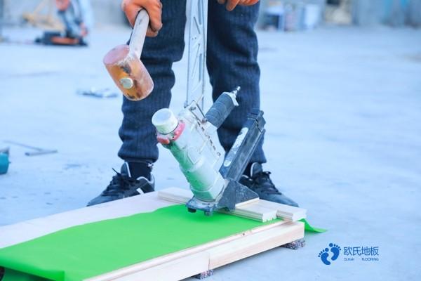 每平米价格体育运动木地板硬木企口