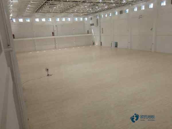 拼装体育场木地板怎么保养