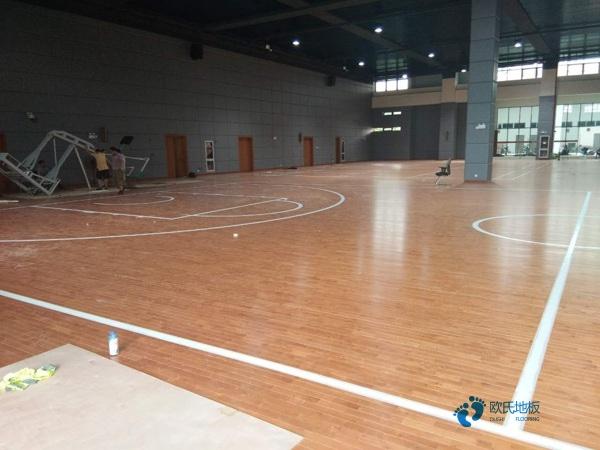 22厚风雨操场运动地板怎么保养?