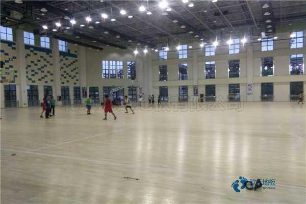 训练馆体育地板是多少钱