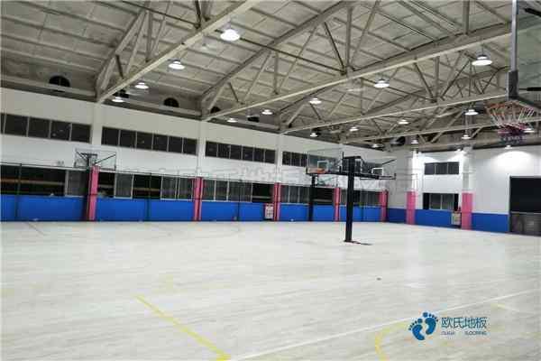 常用篮球馆地板厂家报价
