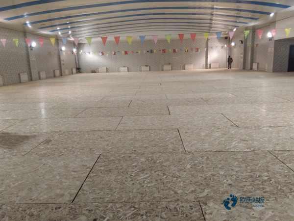 普通体育场木地板施工单位