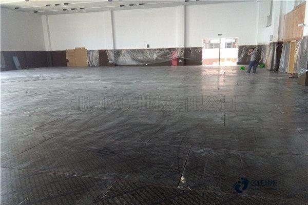普通体育木地板施工团队