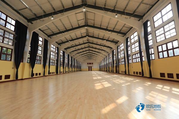 20厚NBA篮球场木地板规格