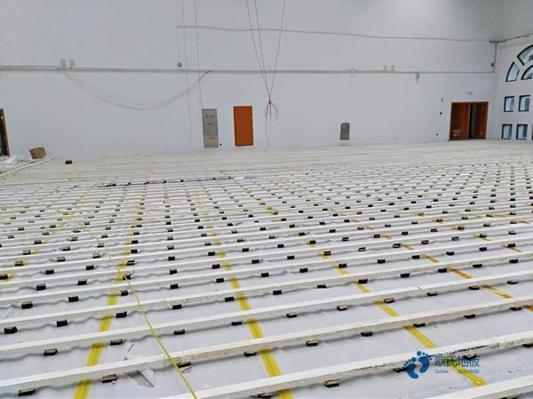 普通体育馆地板施工