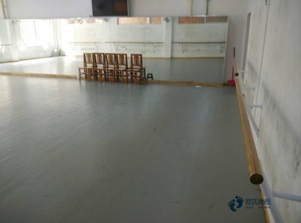 训练馆篮球馆地板怎么维修