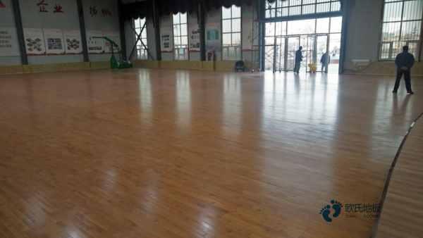 批发价格篮球运动木地板枫木