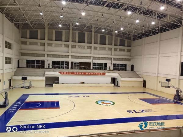 普通篮球运动地板施工单位