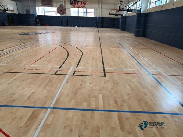 20厚NBA篮球场木地板施工技术方案